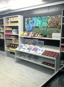 Tienda 'Delatierra', Granada, donde todo se vende en Dinar y Dírhams