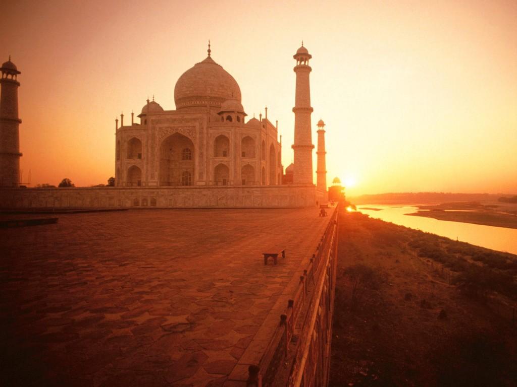 Islam, el regalo completo - Taj Mahal por la mañana