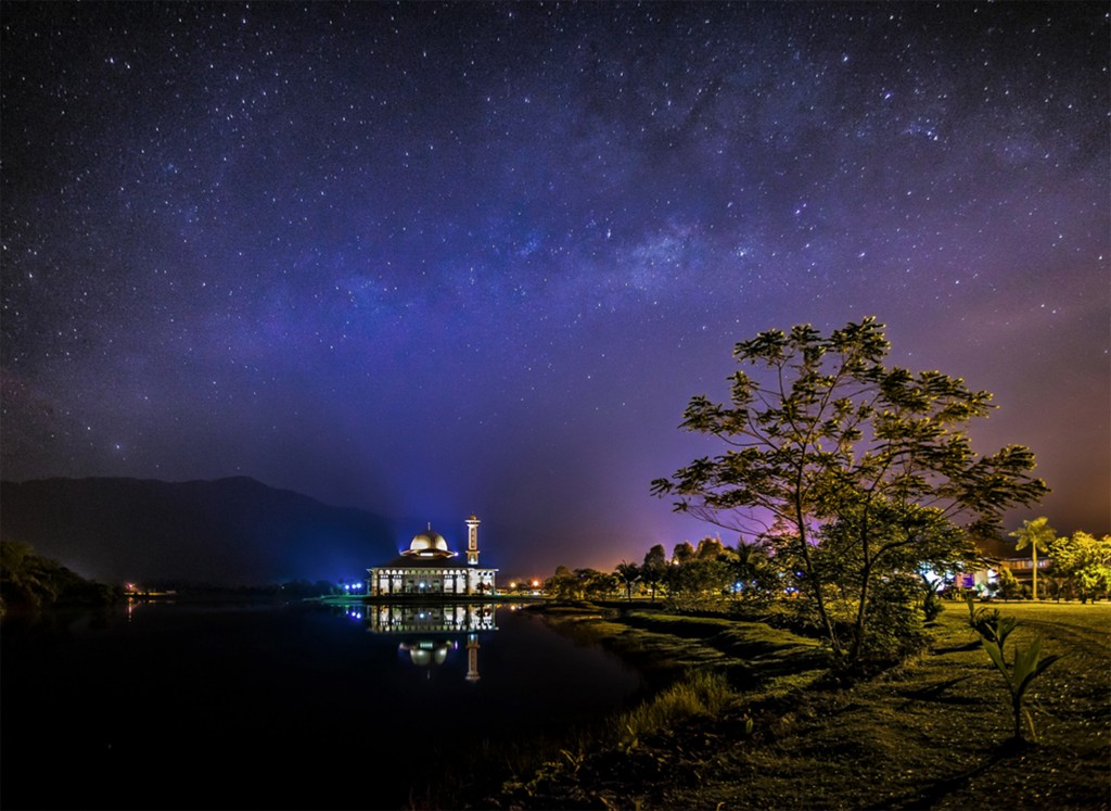 pag11 B view of the Milky Way captured above a small mosque in a secluded place in Selangor, Malaysia