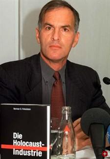 El profesor y escritor judío estadounidense Norman Finkelstein