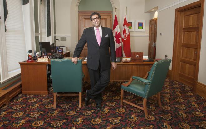 Naheed Nenshi alcalde calgary